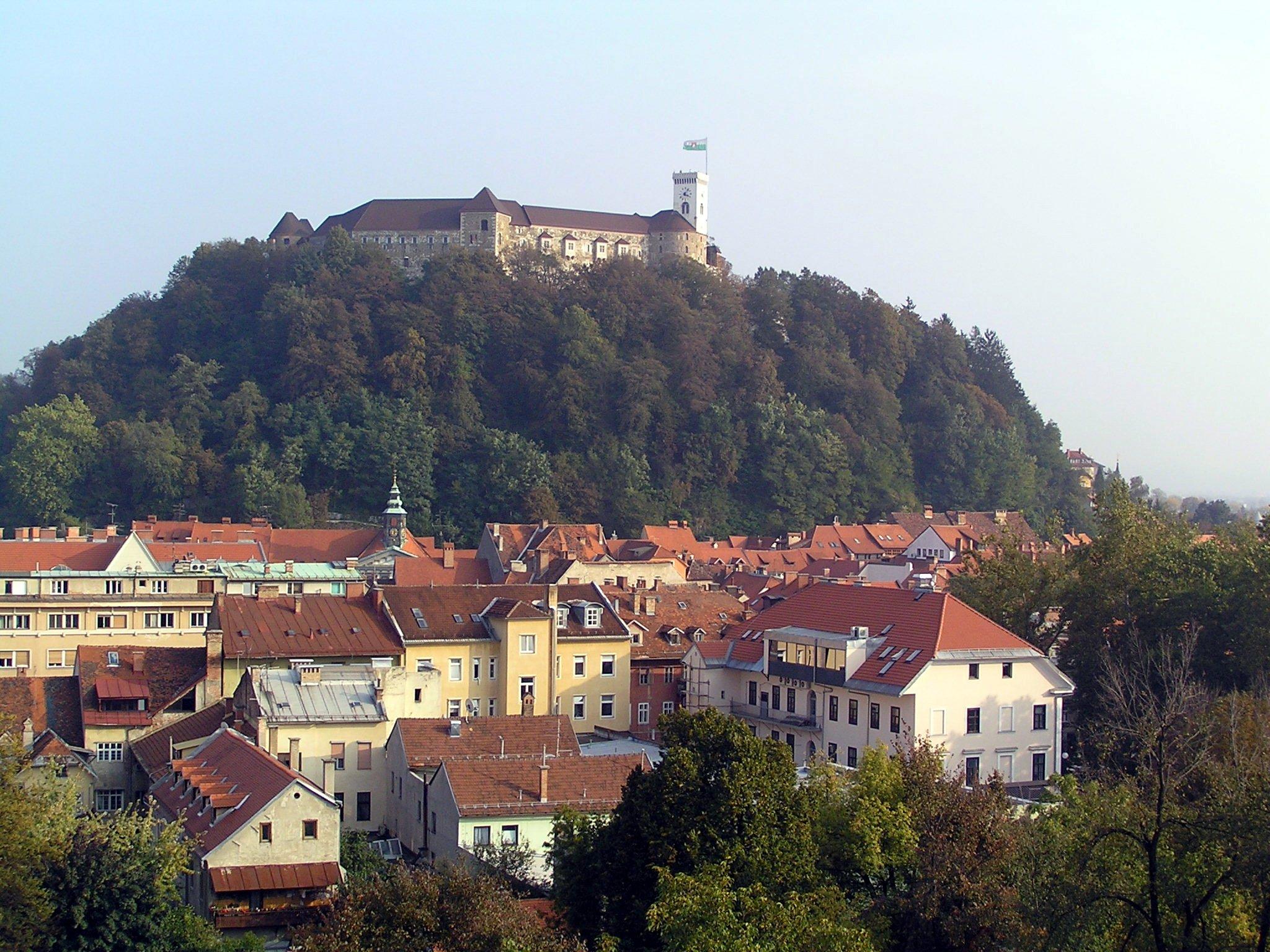 Pošalji mi razglednicu, ne SMS, po abecedi Ljubljana-4-Slovenija-qs162